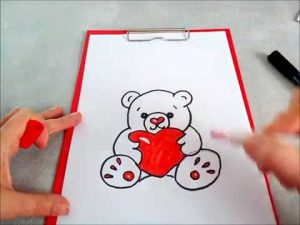 Dibujar Un Oso Con Un Corazón Paso a Paso Fácil