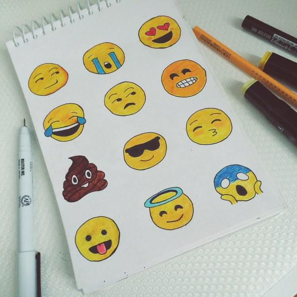 Cómo dibujar emojis en papel